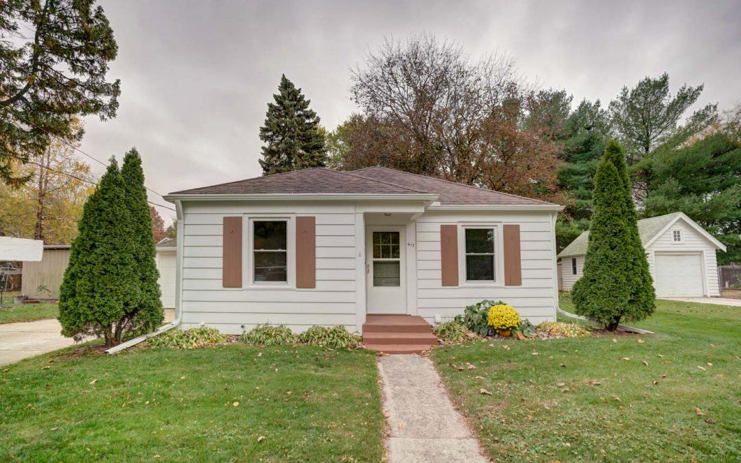 617 W Jefferson St, Stoughton, WI 53589