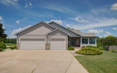 2766 Alice Cir, Stoughton, WI 53589