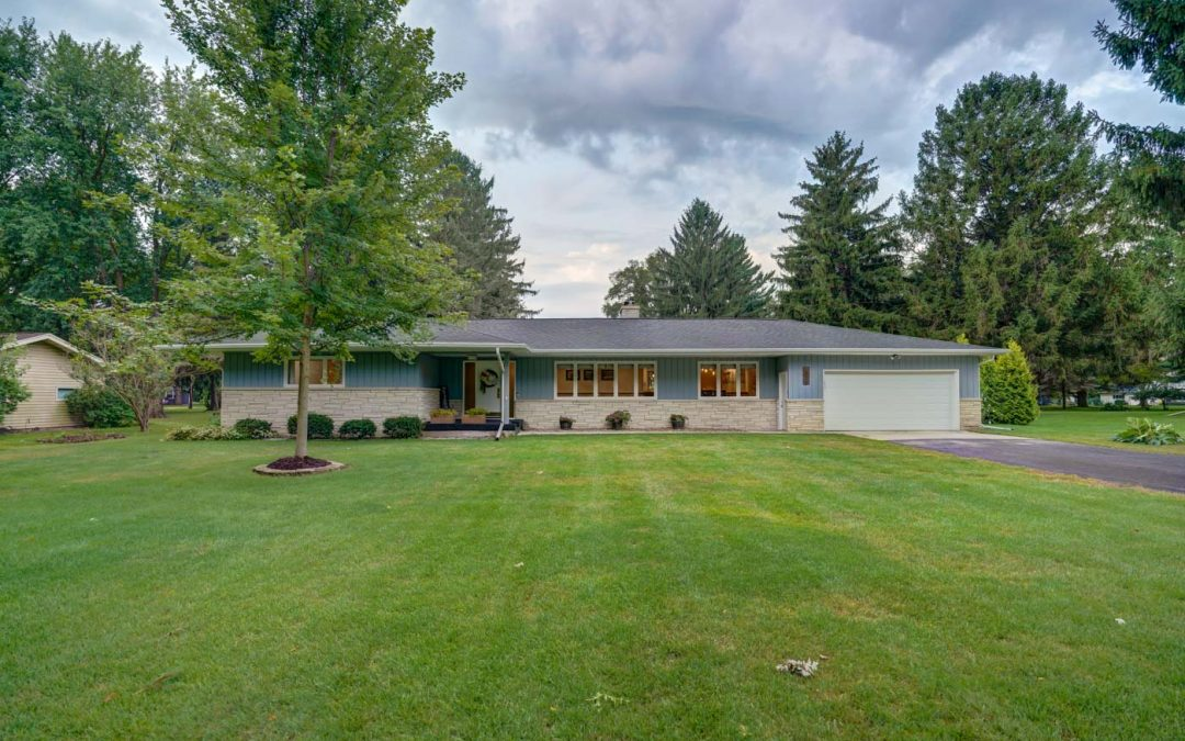 6515 Linden Cir, Windsor, WI 53598
