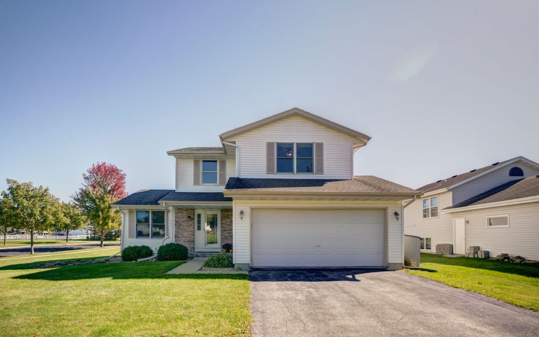 424 Bentwood Dr, Marshall, WI 53559