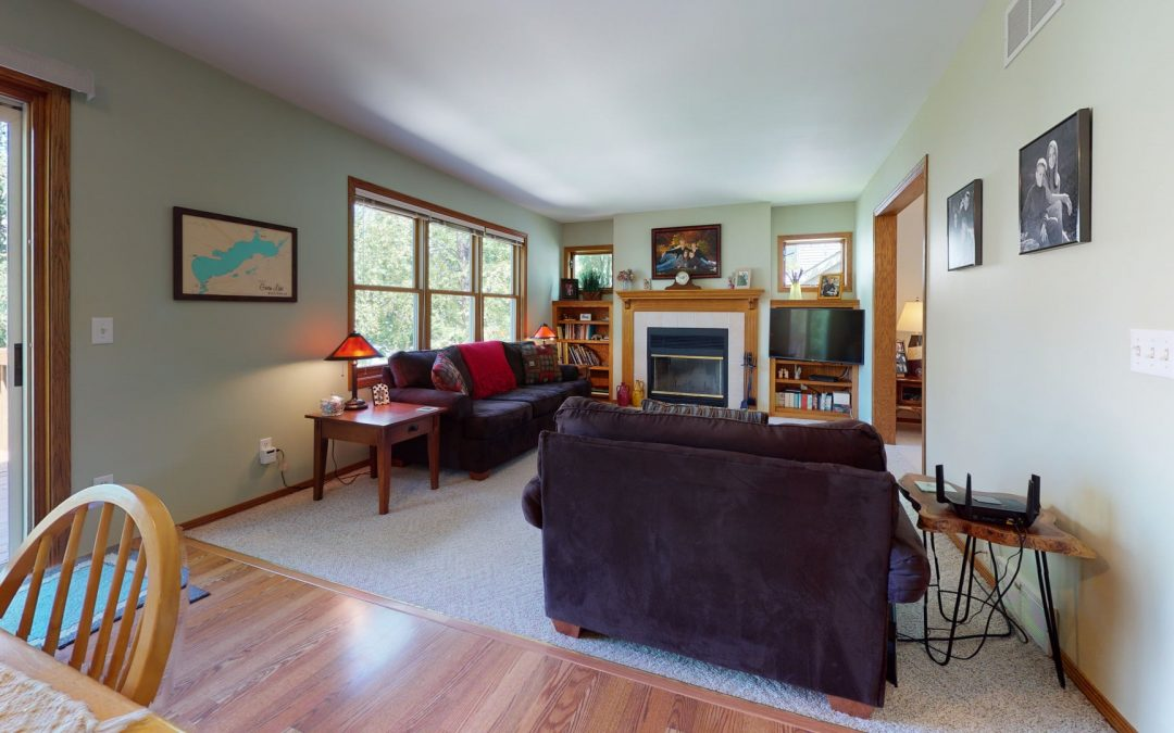 7330 Countrywood Ln, Madison, WI 53719