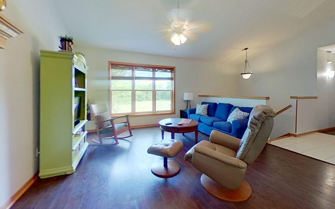 248 Taylor St, Cottage Grove, WI 53527
