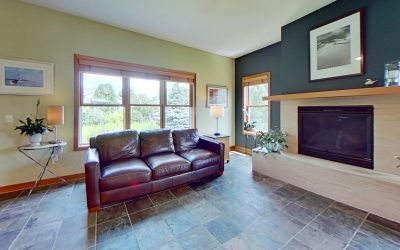 2876 Crinkle Root Dr, Fitchburg, WI 53711